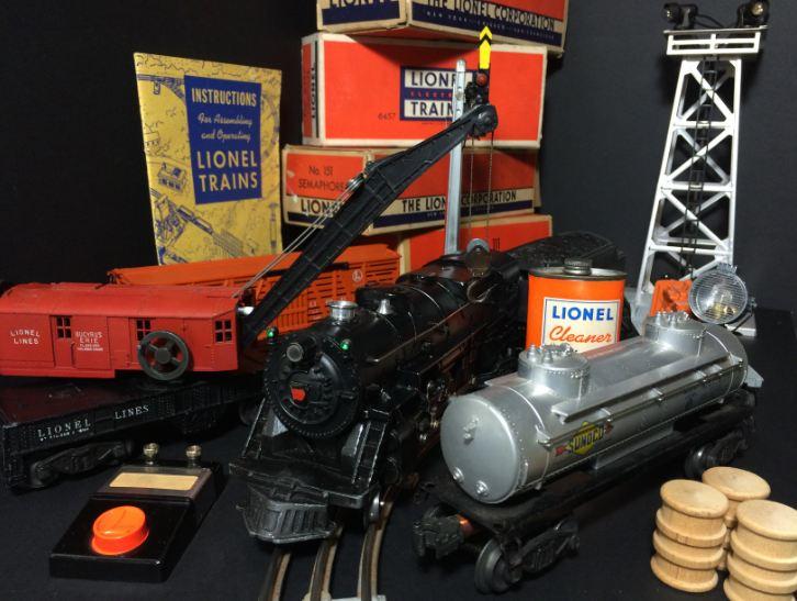 Lionel model trains, red model train, black model train, Lionel corporation boxes